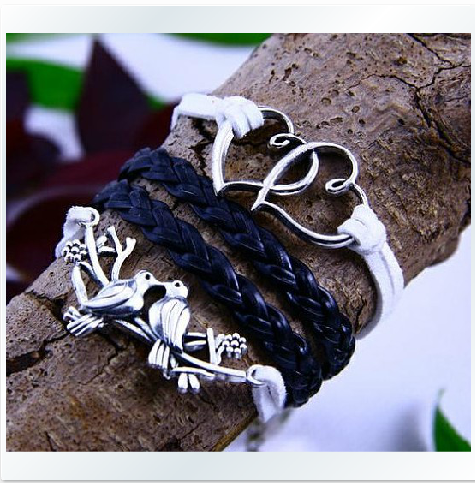 The retro double heart lovebirds hand-knitted leather cord four Bracelet
