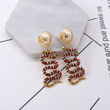 Load image into Gallery viewer, New Snake Earrings pearl earrings earrings earrings Baroque retro fashion versatile Earrings
