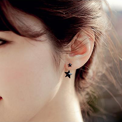 Fashion Unique Black Stars Earrings