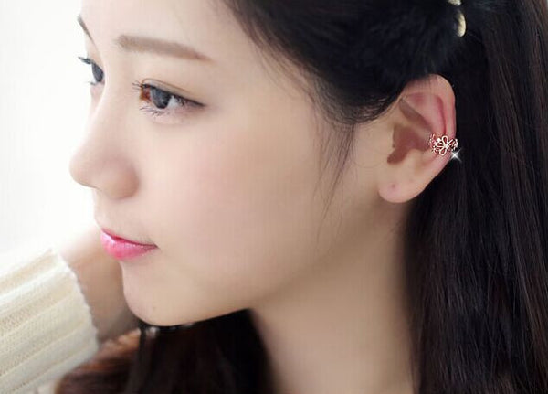 Sweet Hollowed Flower Ear Cuff