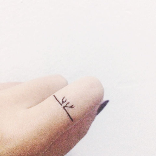 Antler Shaped Ring Temporary tattoo