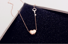 Load image into Gallery viewer, Simple 18k Gold Heart Key Necklace