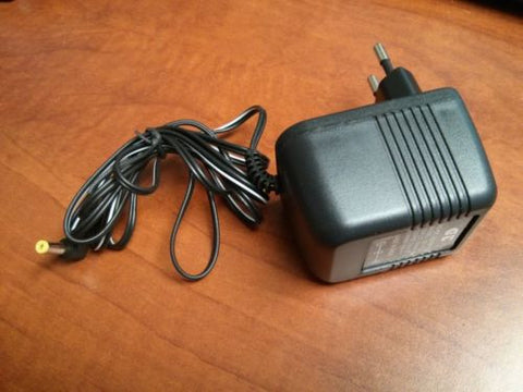 Adapter for ALL Panasonic 5.5V PHONES - 220V (NOT FOR USA)