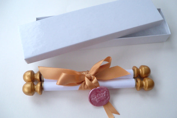 Princess invitation scroll with royal crown seal, birthday party invitations, gold and pink, set of 10 scrolls with boxes