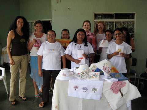 Common Texture blog | Embroidery craft in Brazil As Três Baianinhas