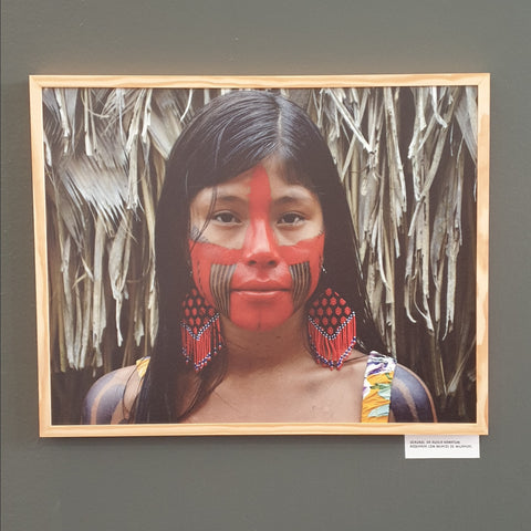 Common Texture Blog | Kayapo girl with traditional painting and beaded earrings