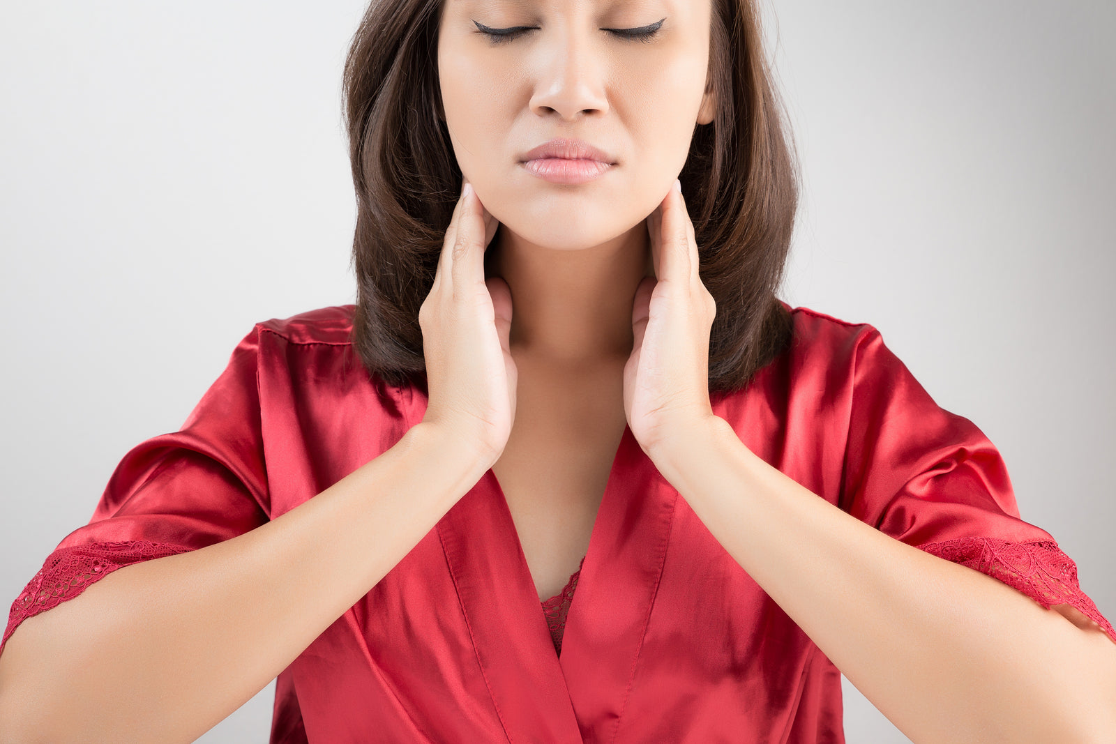 5 Ways to Protect and Improve Your Thyroid Health