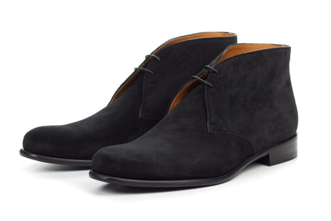 The Newman Chukka Boot - Nero Suede