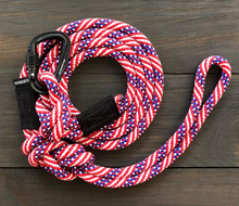 Load image into Gallery viewer, Freebird Small Carabiner Leash