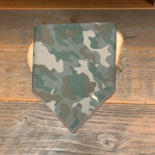 Load image into Gallery viewer, Camo-Adjustable Pet Bandana