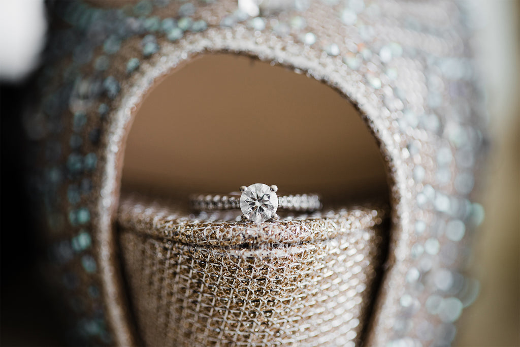 How To Pick The Perfect Engagement Ring For Your Proposal