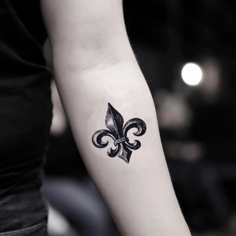 fake small fleur flor de lis lys new orleans saints vintage temporary tattoo sticker design idea on inner arm