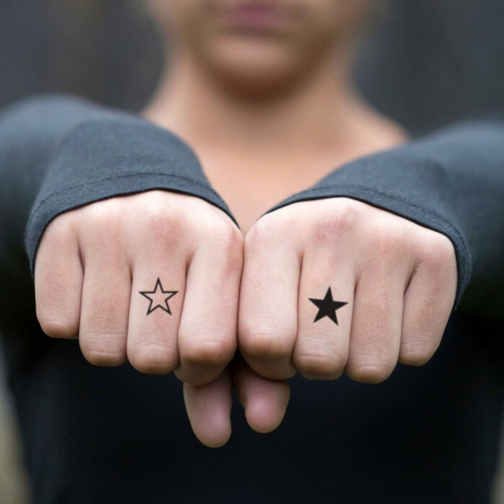 fake tiny simple stars gang minimalist temporary tattoo sticker design idea on finger