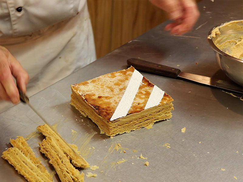 Millefeuille with praline cream