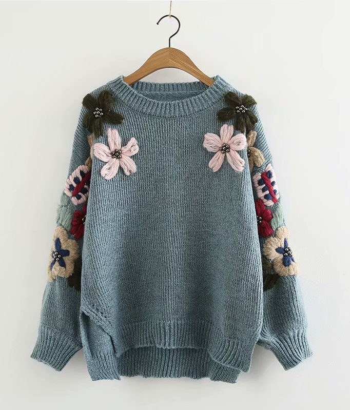 Knitted Round Neck Flower Embroidered Long Sleeve Sweater