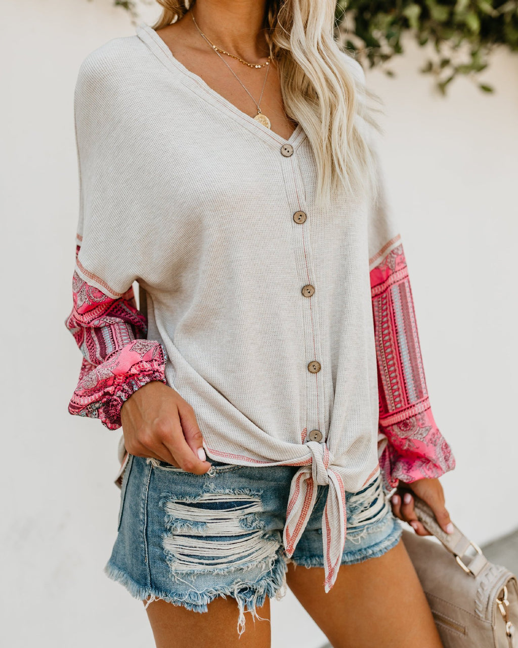 Casual Slim Knotted Digital Print Knit Shirt - CandyShe