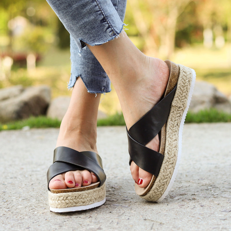 Women's Round Toe Cross-band Espadrille Middle Platform Heel Slippers
