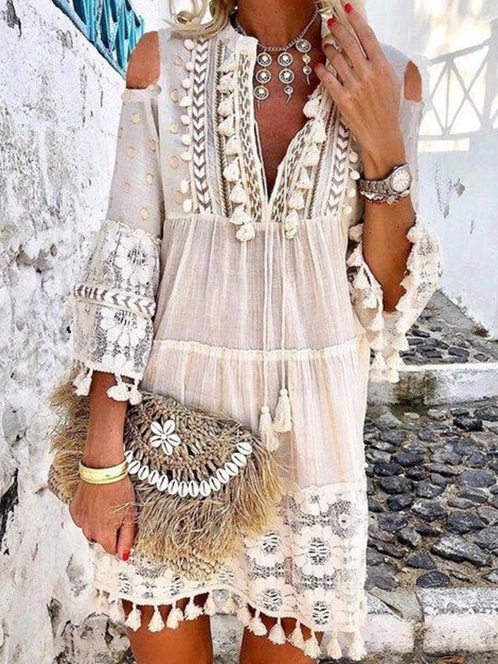 Plus Size Solid Lace Fringed Hem V Neck Dres