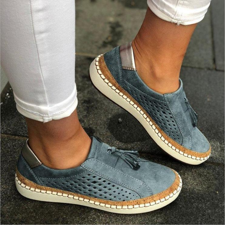 Color Block Flat Well-Ventilated Tassle Sporting Sneakers