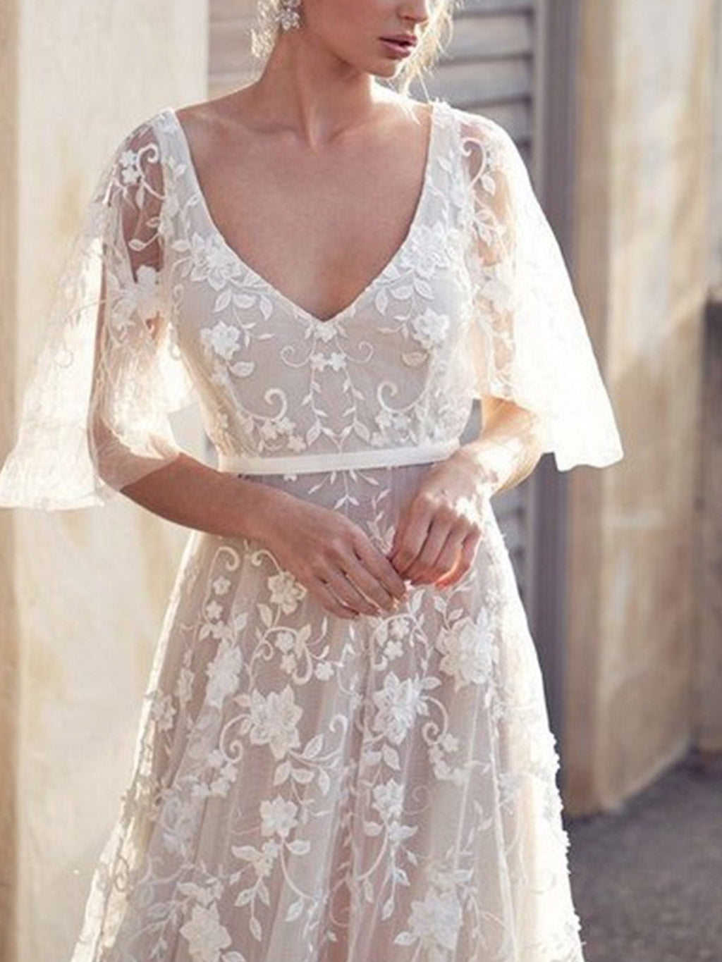 Elegant Lace V Neck Backless Flare Sleeve Maxi Dress