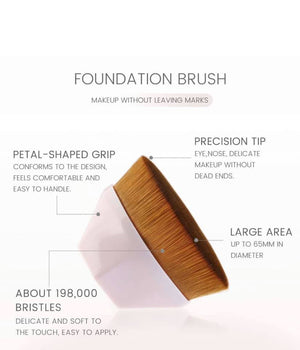 Flawless Finish Kabuki Brush-The Bee Chic Boutique-[option4]-[option5]-[option6]-[option7]-[option8]-Shop-Boutique-Clothing-for-Women-Online