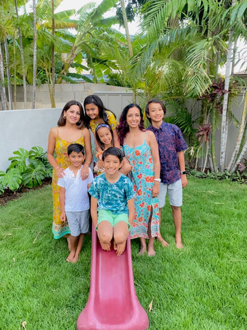 pic of 2 Indian moms and their kids