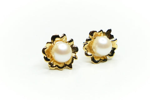 Pearl Golden Garden Flower Ear Studs