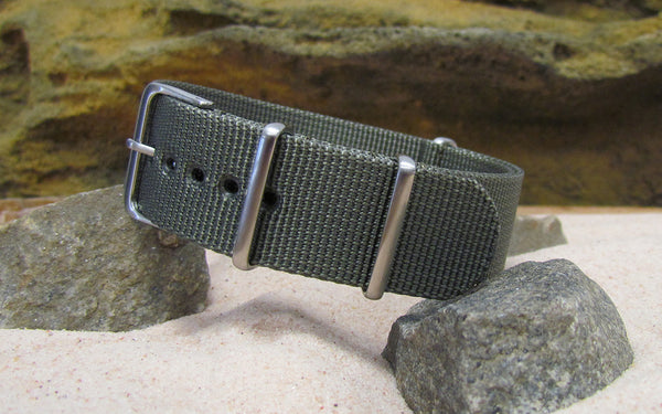 The Destroyer XII NATO Strap w/ Brushed Hardware (Stitched) 18mm