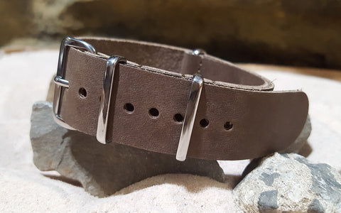 The Lariat Leather Nato Strap w/ Polished Hardware (Stitched) 22mm
