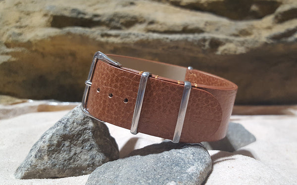 The Camel Classic Grain Leather Nato Strap w/ Polished Hardware (Stitched) 24mm