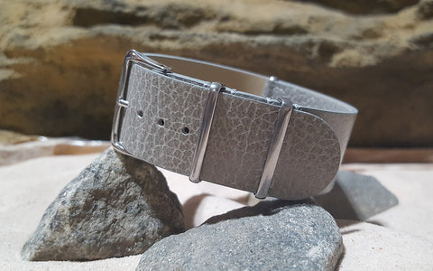 The Silver Classic Grain Leather Nato Strap w/ Polished Hardware (Stitched) 24mm