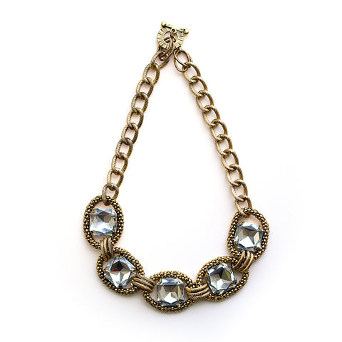 THE BOMBSHELL NECKLACE