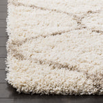 Ivory and Beige Moroccan Ogee Plush Area Rug (6' x 9')