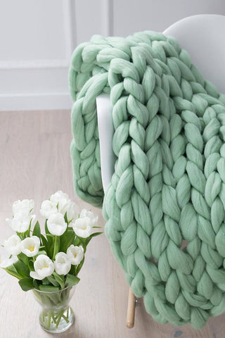 Pale Green Chunky Knit Throw Blankets