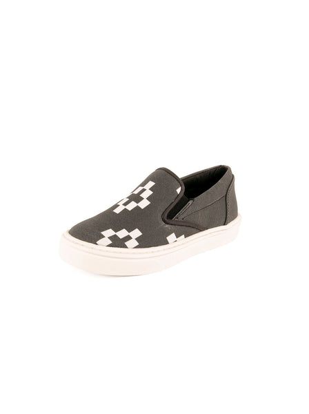 Fabric Cross SHEG Skate Low Top Shoes - Gray / White