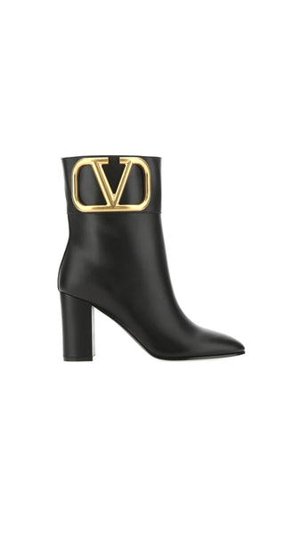 Supervee Ankle Boots - Black