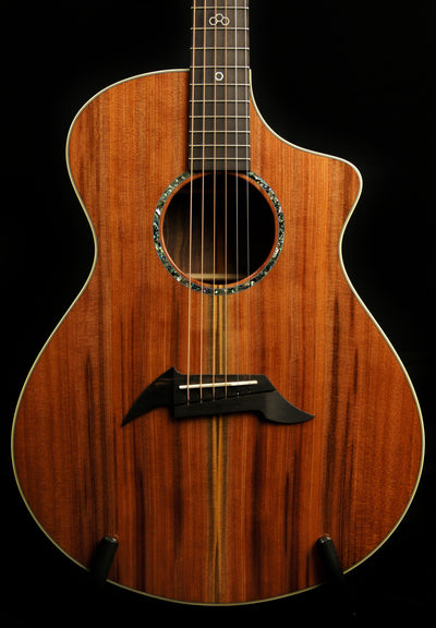 Breedlove Custom Built Sinker Redwood/Walnut Concert CE Acoustic Guitar