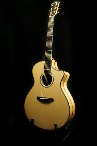 Breedlove Custom Built Sitka Spruce/Myrtlewood Concerto CE Acoustic Electric Guitar