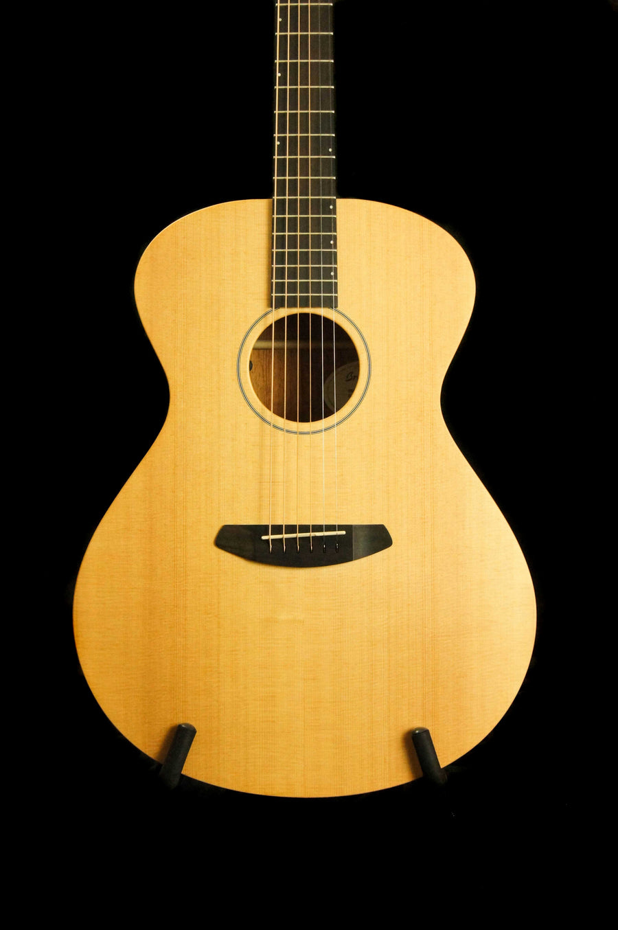 Breedlove USA Concerto Sun Light Sitka Spruce/Mahogany Acoustic Electric Guitar - Includes Case