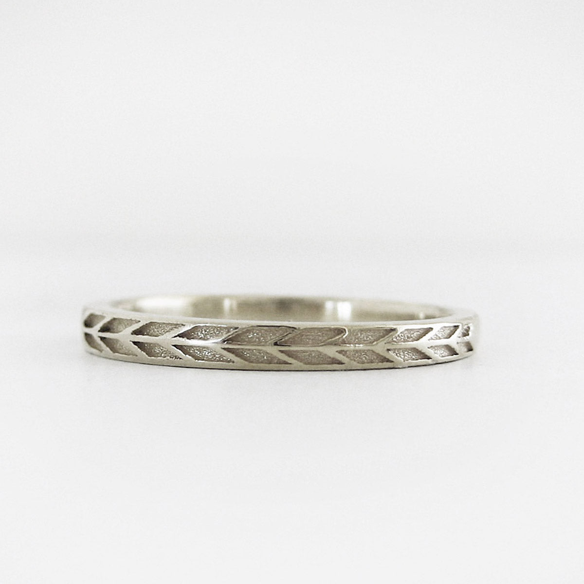 2mm Narrow Arrow Band in White Gold | Marilyn Brogan Jewelry