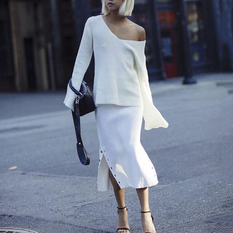 Casual Solid Color Off-Shoulder Flare Long Sleeve Sweater