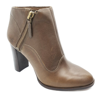 Women's low boots, UGG