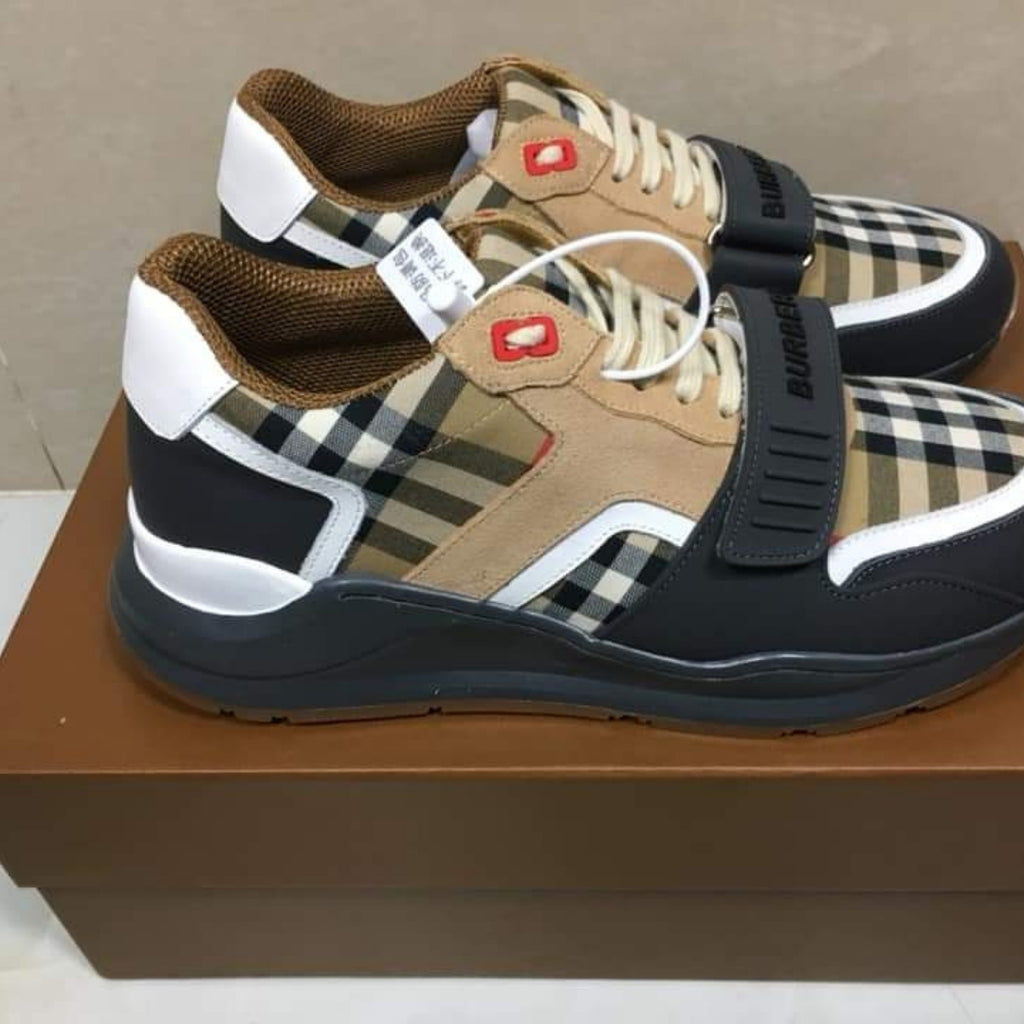 Burberry Classy Sneakers.