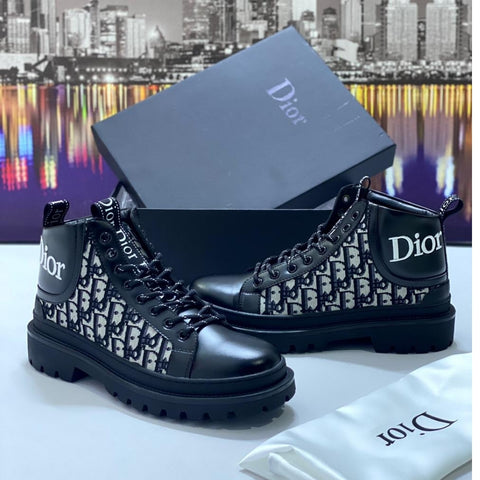 Designers Dior Booth Black