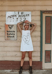 BILLY BONES - Wire Heart Tank Vintage White