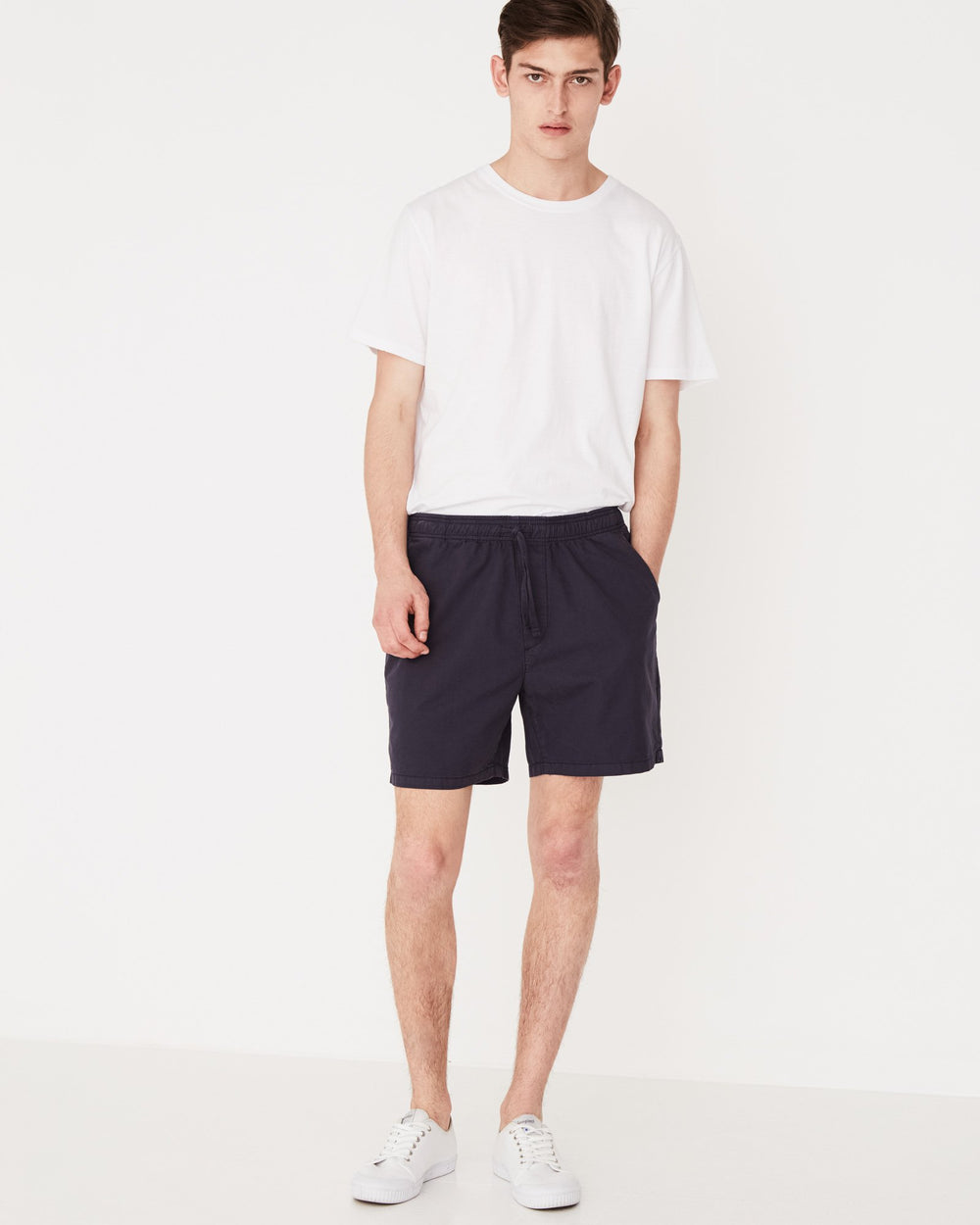 Assembly Label Contrast Linen Short Worn Navy Front View