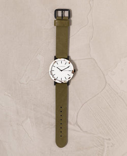 THE HORSE - The Resin Nougat Watch Olive
