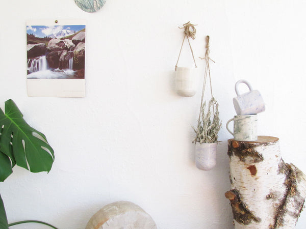 Marbled Sage Ceramic Hanging Pot