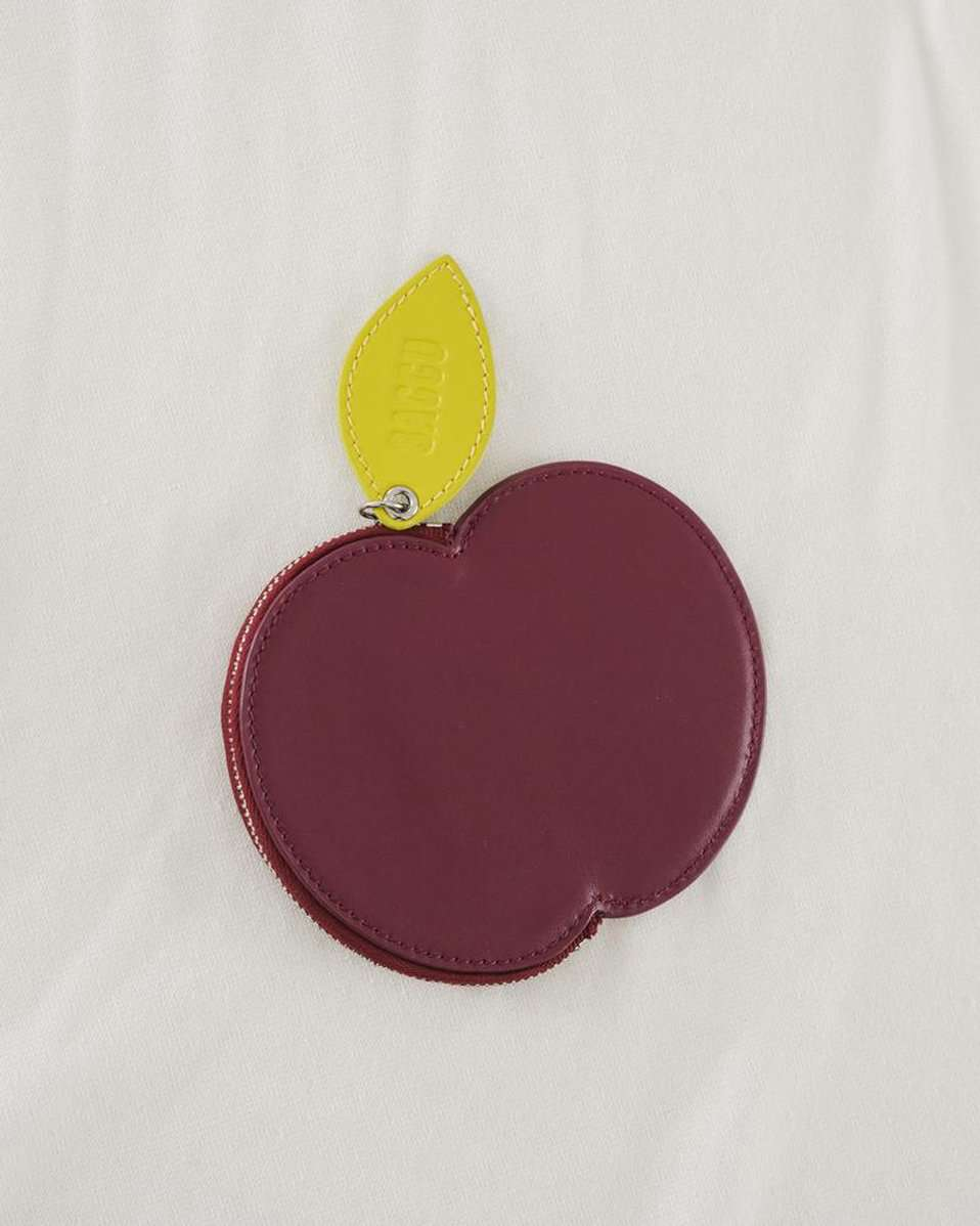 The Apple Pouch in Cranberry
