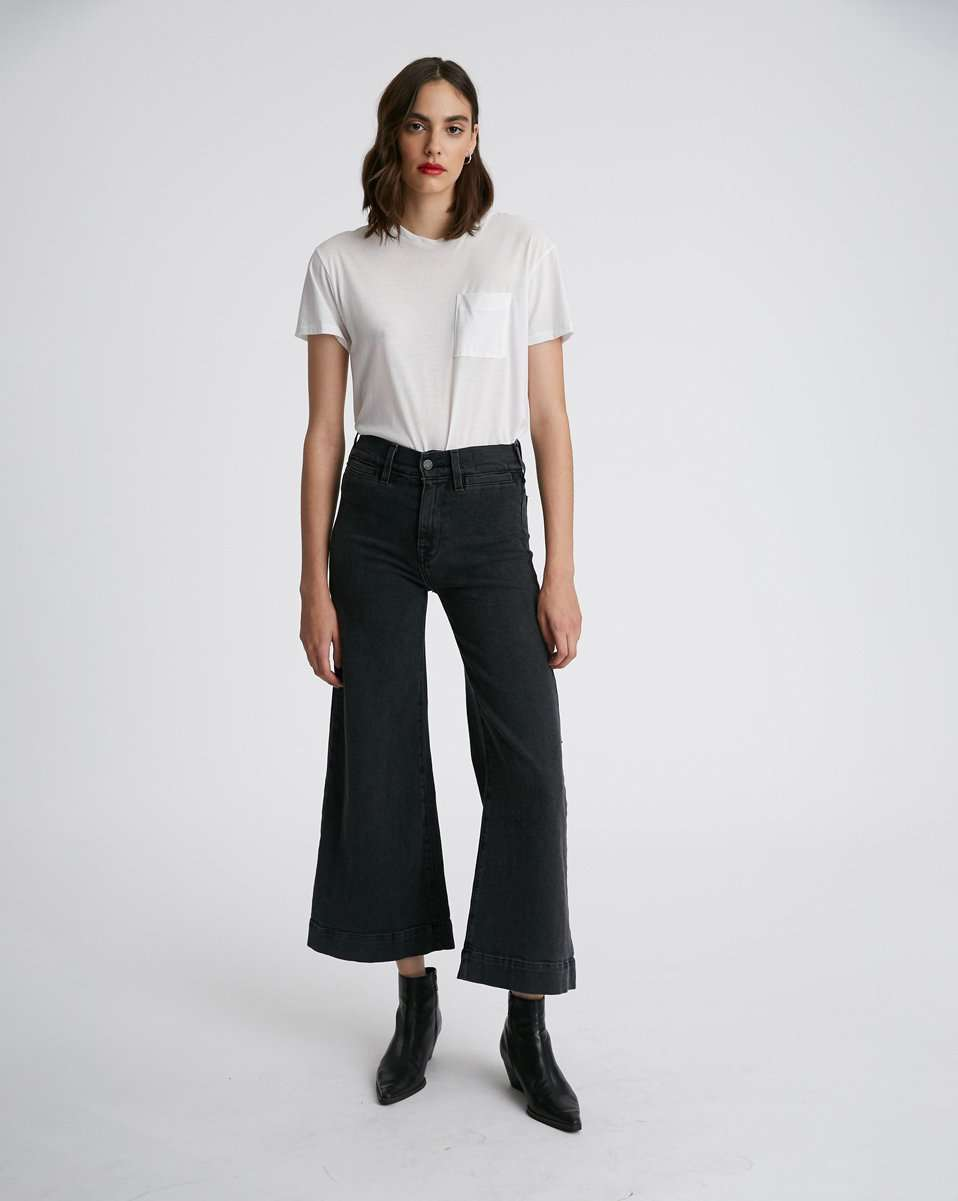 The 70s Wide Bell Crop Jean in Black Sand